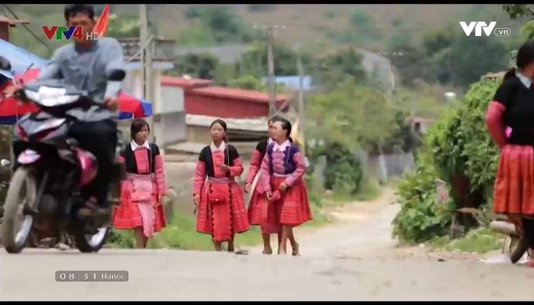 Insight into Vietnam: Người H'Mông đón Tết độc lập