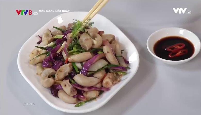 Món ngon mỗi ngày: Dồi trường xào bắp cải tím