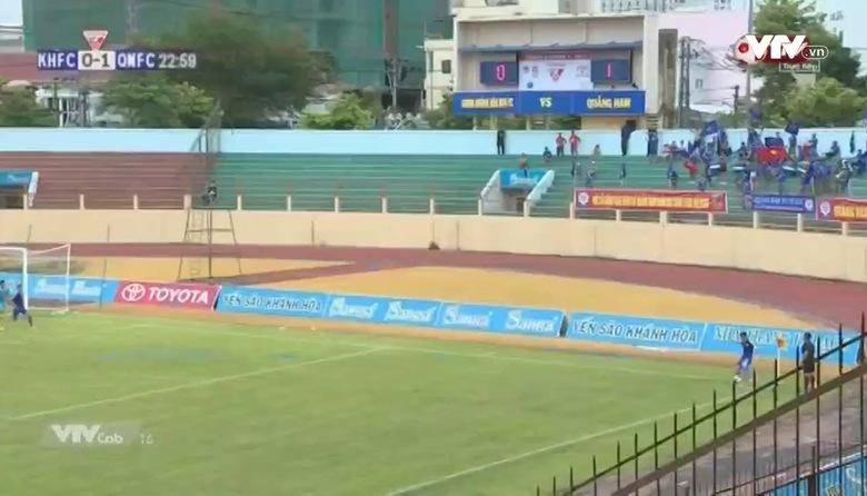 Phút 24: Nguyễn Trung Đại Dương nâng tỷ số lên 2-0 cho CLB Quảng Nam