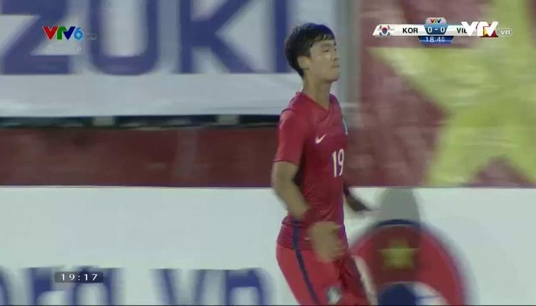 Phút 19: Lee Sangheon mở tỷ số cho U23 Hàn Quốc