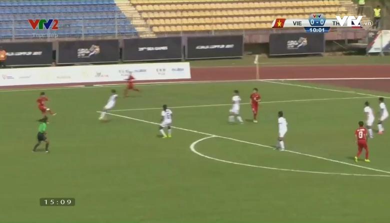 Phút 11: Hải Yến mở tỷ số (ĐT nữ Việt Nam 1-0 ĐT nữ Thái Lan)