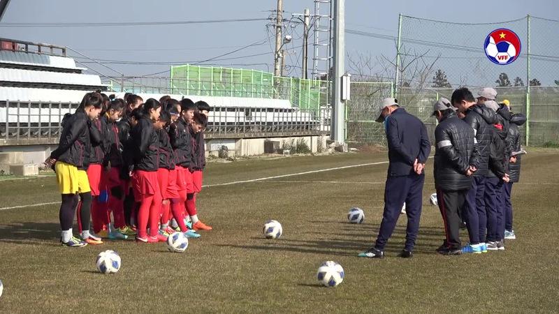 Đội tuyển nữ Việt Nam sẵn sàng cho trận gặp tuyển nữ Hàn Quốc